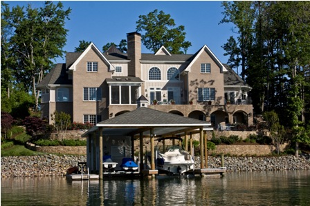 Picture of a Waterfront Home