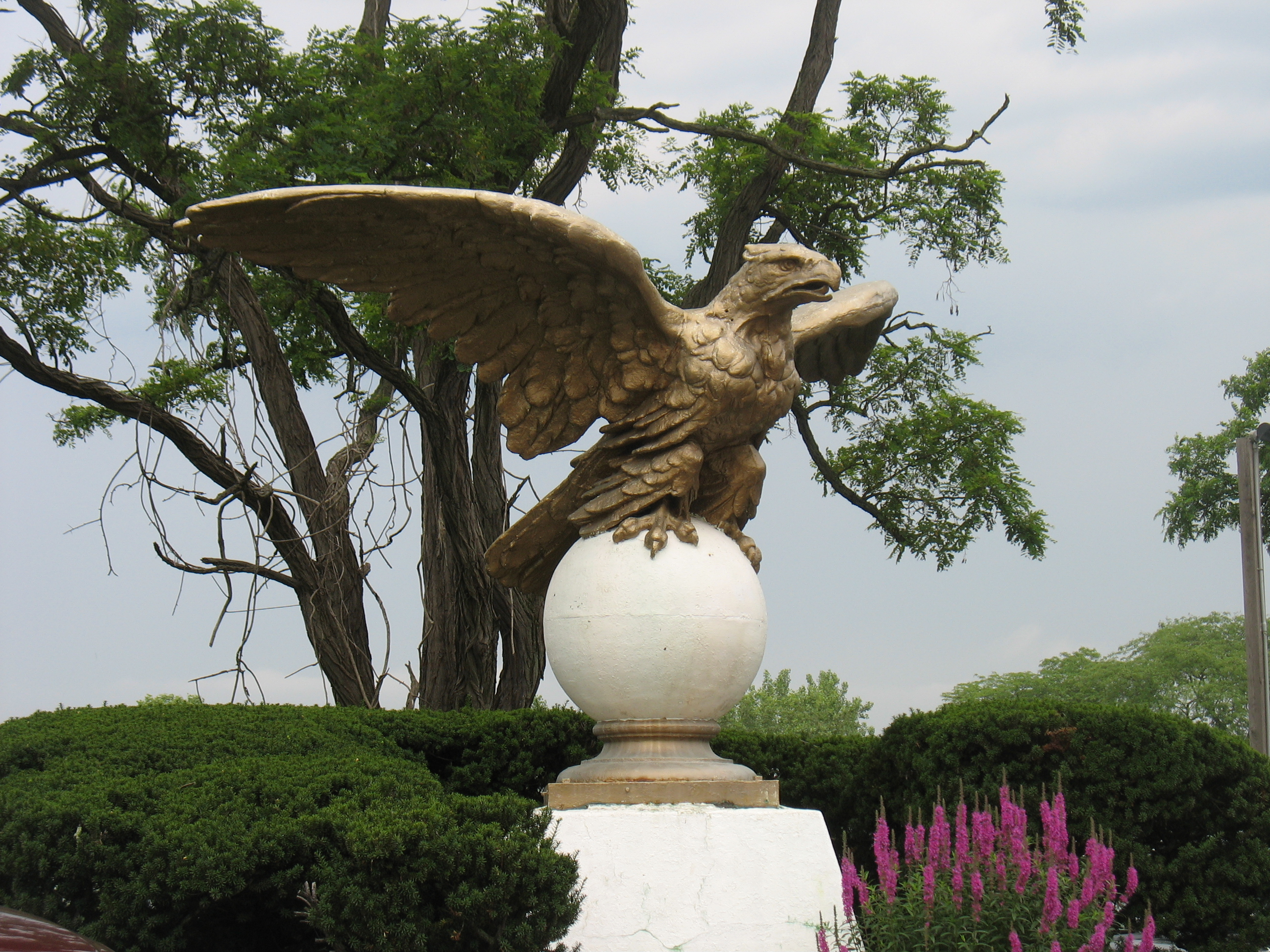 The Eagle at Philpse Manor Train Station
