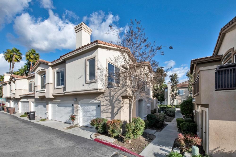 56 Pomelo, Rancho Santa Margarita, CA, 92688 United States