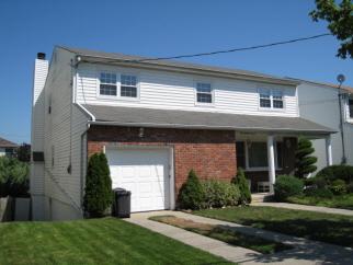 297 Park Street, Staten Island, NY, 10306 United States