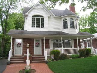 166 Peter Ave, Staten Island, NY, 10306 United States
