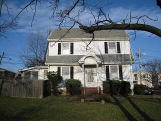 185 Escanaba, Staten Island, NY, United States