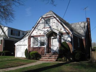 218 Crystal Ave, Staten Island, NY, 10314 United States