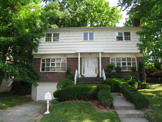 554 Valleyview Place, Staten Island, NY, 10314 United States